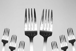 Eine Gabel symbolisiert einen Fork in der Softwaretechnik.